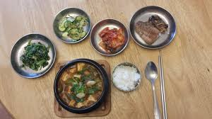 korean table setting cooking korean food with maangchi