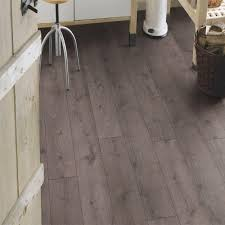 Laminate Flooring San Diego San Diego Oak 7mm Laminate