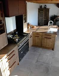 cuisine bois acier chaleur du bois expressivité de l acier oxydé