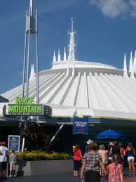 disneyland vs disney world attractions space mountain