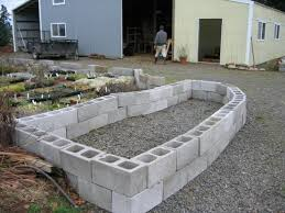 amazing building a garden wall with concrete blocks 33 best images