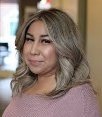 what enhances grey hair round the face 30 stylish and sassy bobs for round faces