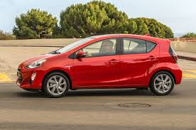 toyota prius persona review 2016 toyota prius c reviews and rating motor trend