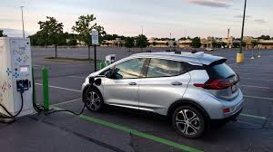 nissan leaf consumer reports chevrolet bolt beats out tesla model s to become consumer reports