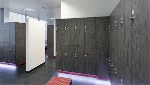 armadietti spogliatoio legno armadietto spogliatoio in legno standard per impianto sportivo