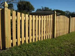 saddle cut picket fence
