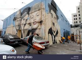 marilyn monroe mural stock photos marilyn monroe mural stock us 20050916 los angeles mural paintings of john wayne elvis presley marilyn monroe en charlie chaplin