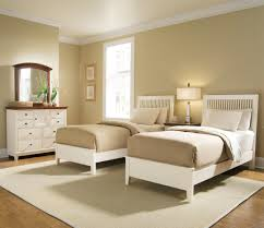 Guest Bedroom Ideas With Twin Beds Gender Neutral Twin Nursery Two Full Beds In One Room Luxurious