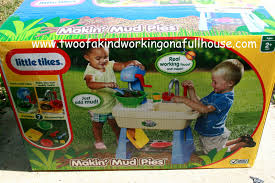 little tikes makin u0027 mud pies review and giveaway two of a kind