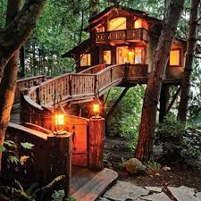 Worlds coolest tree house discovered by MischiefMe