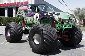 grave digger monster truck specs wallpaper crazy monstertrucks