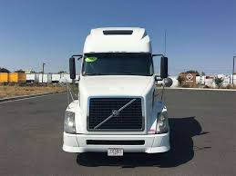 semi truck sleepers 2012 volvo vnl64t670 sleeper semi truck for sale 475 562 miles