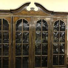 Drexel Heritage China Cabinet Drexel Heritage China Cabinet Lighted Neo Classical Breakfront