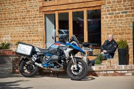 new bmw r1200gs u0027exclusive u0027 and u0027rallye u0027 launch incoming mcn