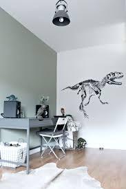 best 25 cool boys room ideas only on pinterest boys room ideas een leuk contrast tussen de vergrijsd groene muur het hout en de industriele elementen dinosaur boys roomscool