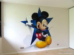 chambre bebe mickey dã coration murale graffiti aã rosol pour chambre d enfant mickey