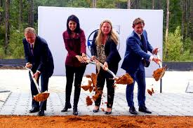 volvo truck manufacturing plants volvo breaks ground on first u s plant in south carolina will
