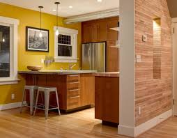 Kitchen Color Ideas With Oak Cabinets by Warm Country Kitchen Light Brown Yellow Pastel Shades The Best