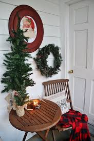 how to decorate your house for christmas how to frugally quickly decorate for christmas liz marie blog
