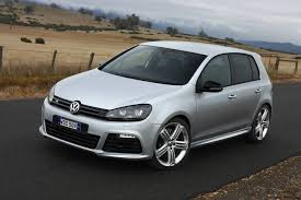 2010 volkswagen golf r launched in australia photos 1 of 32