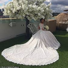 wedding arch ebay au salim mehajer s new aysha s wedding dress had 2000 diamonds