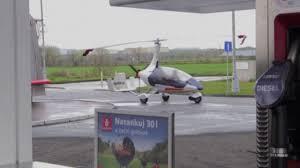 quei temerari sulle macchine volanti sfida tra cechi e slovacchi quei temerari sulle macchine volanti