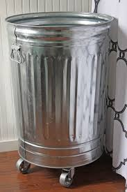 Kitchen Garbage Can With Lid by Top 25 Best Bathroom Trash Cans Ideas On Pinterest Trash Can