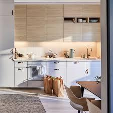 ikea light oak kitchen cabinets déco cuisine notre galerie de photos cuisine ikea metod
