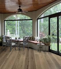 European Laminate Flooring Urban Floor Calabria European Oak Villa Caprisi Vcc 804