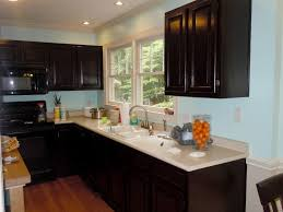 how do you stain kitchen cabinets to gel stain your kitchen cabinets