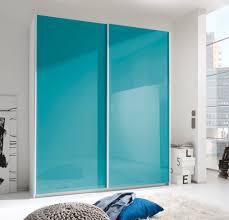 italienisches schlafzimmer in türkis und weiß hochglanz lackiert