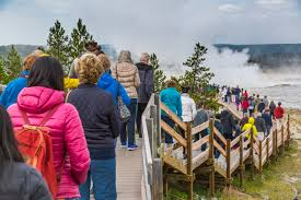 2016 yellowstone national park breaks previous year s visitation