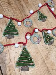 crochet with kate christmas garland lovecrochet blog garlands