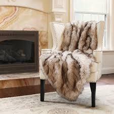 Faux Fur Throw Rugs Amazon Com Best Home Fashion Champagne Fox Faux Fur Lounge Throw