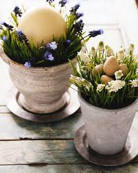 Easter Decorations With Flowers by 15 Easter Ideas For Simple Table Centerpieces And Gifts Handmade