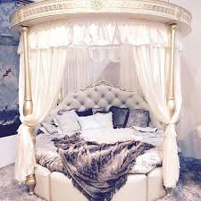 round bed frame round canopy bed round canopy bed canopy bed frame king gemeaux me
