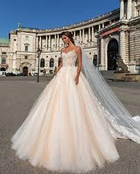 design wedding dresses home