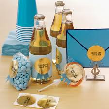 easy graduation centerpieces graduation party crafts and decorations martha stewart