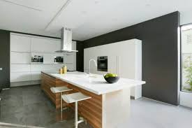 cuisine moderne blanche et cuisine moderne blanche et grise