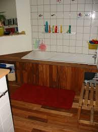 salle de bain de bateau relooking de salle de bains fade vive le parquet cathypety