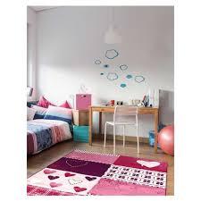 tapis chambre fille tapis chambre filles bambino coeur violet 120x170 par dezenco