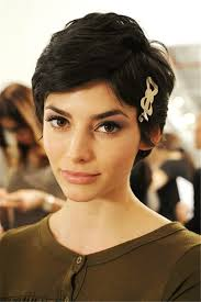 what kind of hair is used for pixie braid growing out a pixie cut gracefully enkiverywell