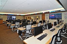 smu and rise display bridge classroom and stock trading center