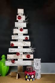 30 outdoor christmas decoration ideas diy christmas signage