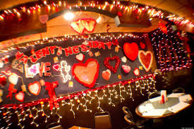 why you shouldn u0027t go out to eat on valentine u0027s day huffpost