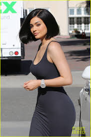 kylie jenner debuts her new short haircut photo 3706759 kris
