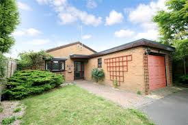3 bedroom bungalow for sale in st nicholas drive pittville