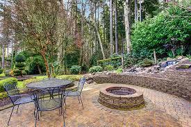Build Backyard Fire Pit Building A Backyard Fire Pit With A Surrounding Paver Patio