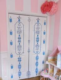 home heart and hands frozen inspired painted door elsa s bedroom home heart and hands frozen inspired painted door elsa s bedroom door