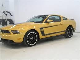 Mustang Boss 302 Black Check Out This Boss 302 Ford Mustang Yellow Paint Black Stripes
